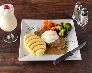 2. Premium Steak w:Mashed Potatoes & Veg