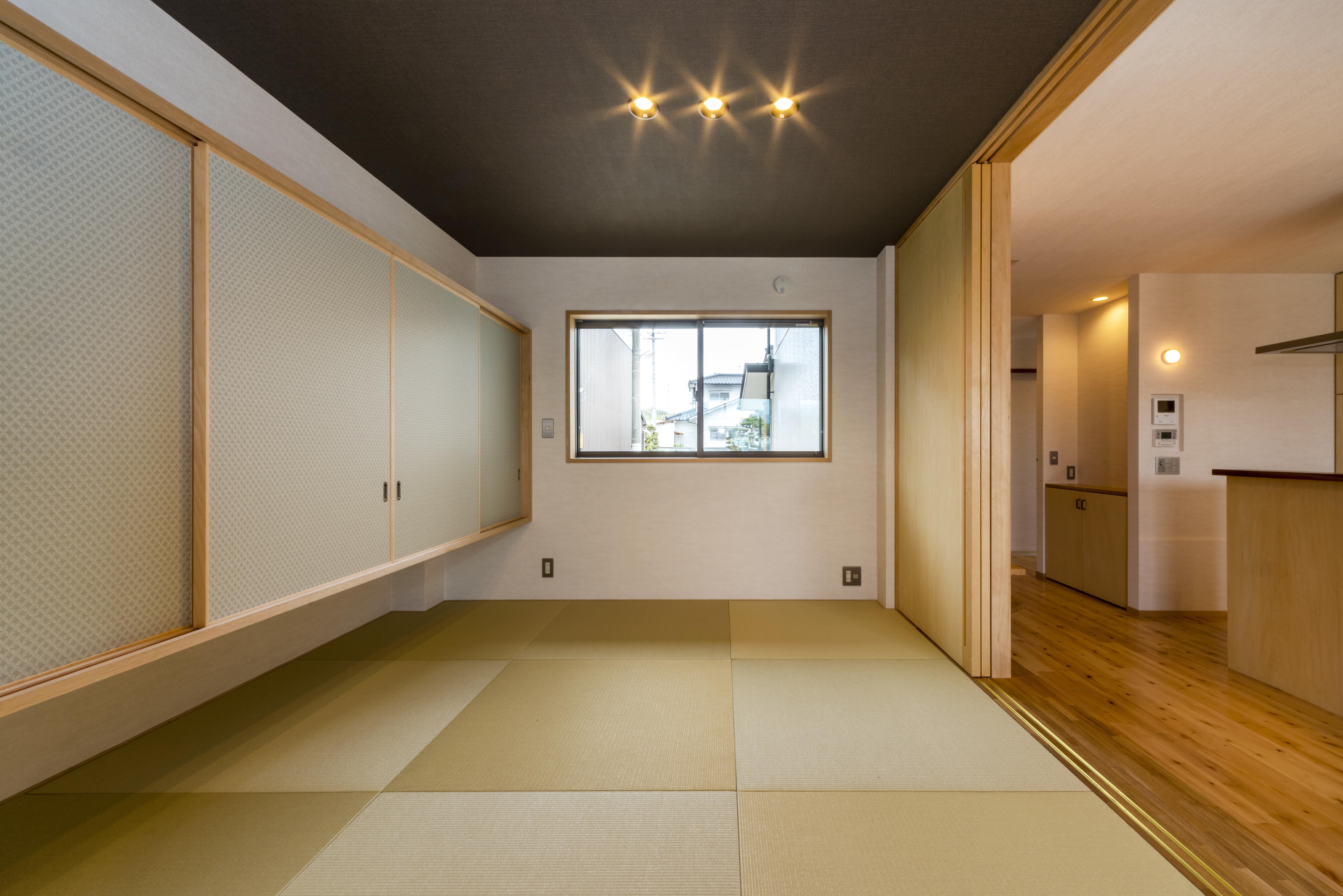 1階 和 室