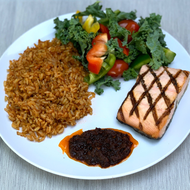 Sheto with salmon, rice, and veggies.