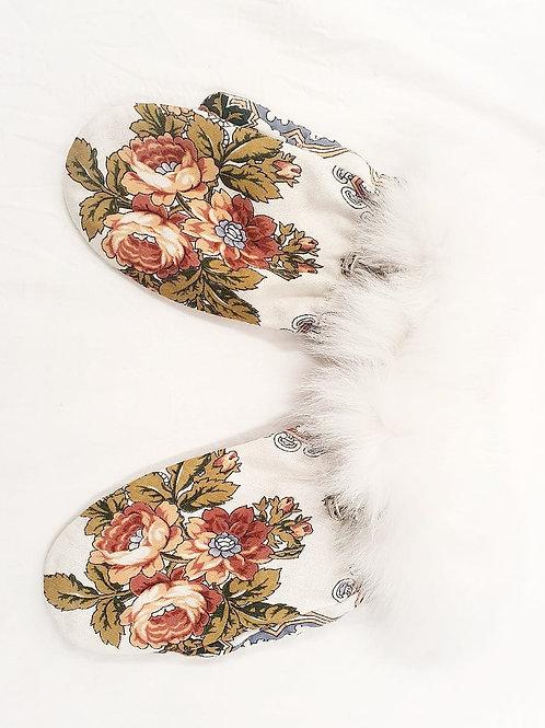 Luvas Russas Floral Branca