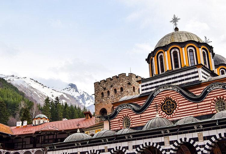 o Mosteiro da montanha Rila.jpg
