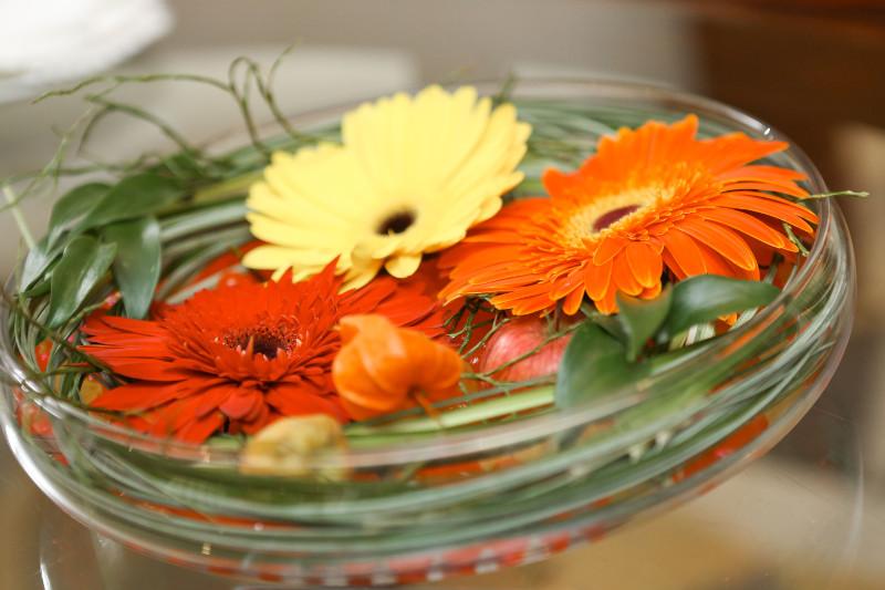 цветы на стол переговоров