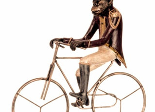 Le singe à bicyclette…