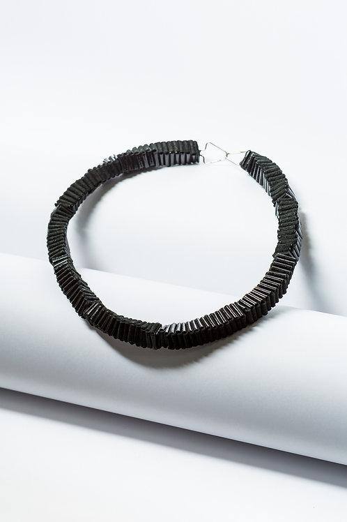 Folded Black Necklace silver clasp