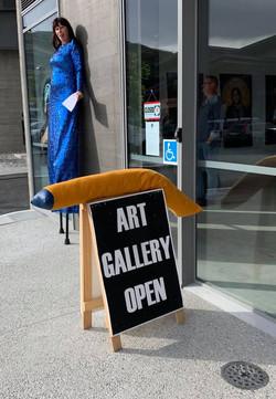 Unloosed opening