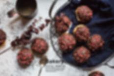 草莓巧克力脆皮泡芙1.jpg