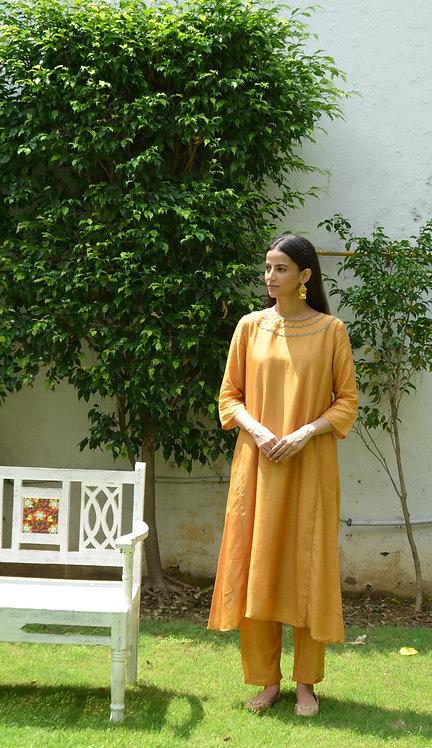 Rust Yellow Kalidaar kurta & pant