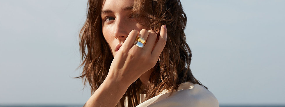 curve-rings-silver-gold-herobannerfrontp