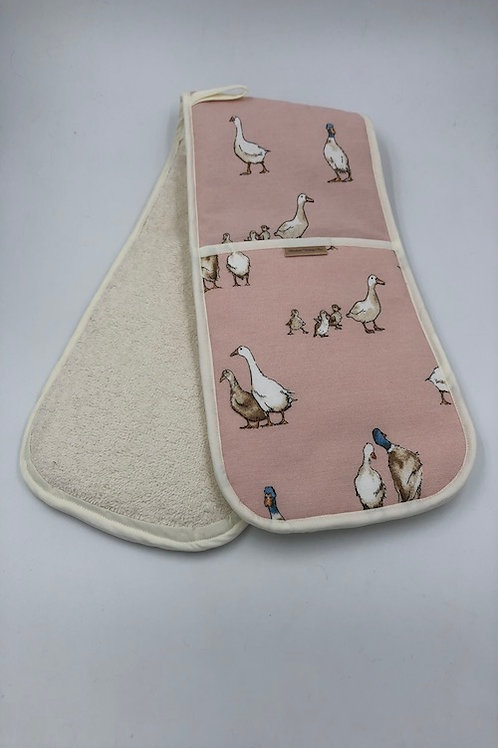 Double oven gloves, Pink ducks L009