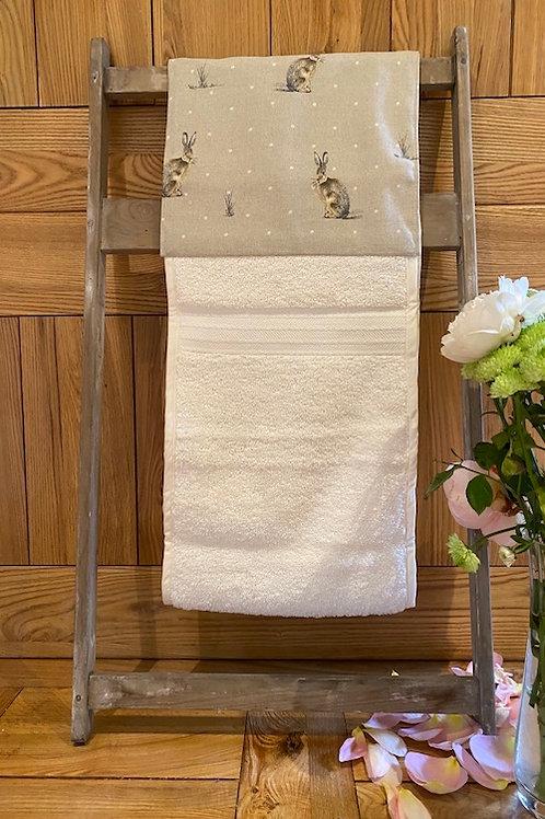 Roller Towel, Green Hare E111