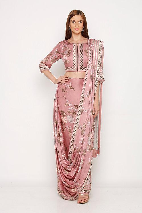 Blouse, pre draped Saree