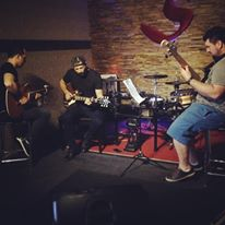 Com Luis e Ney Kinonero