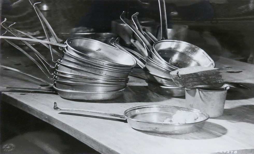 Prisoners ate from army mess kits with spoons – no sharp knives or forks permitted