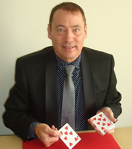 card trick entertainer_edited_edited.jpg