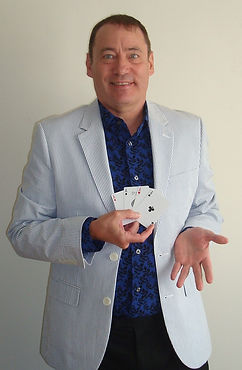 card entertainer
