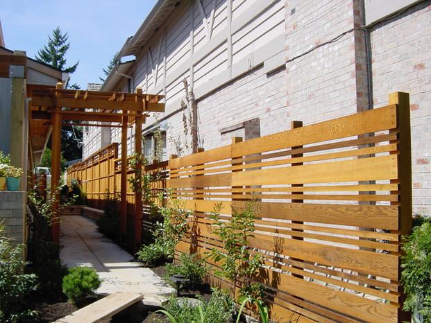 Custom Single Sided Horizontal Cedar Fence