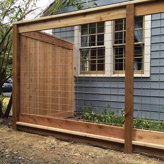 Custom Picture Frame Cedar Fence w/ Wire Mesh