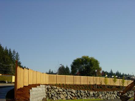 Good Neighbor Cedar Fence w/ Cap