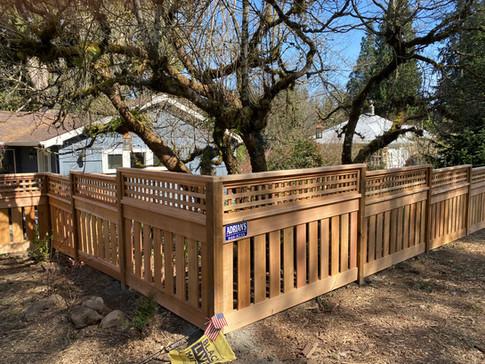 Picture Frame Cedar Fence w/ Square Lattice