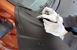 Car Wrapping, rifiniture a mano