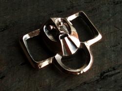 Viking belt strap divider