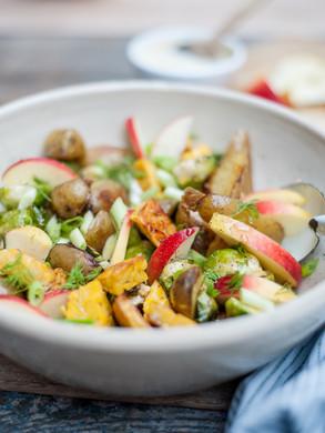 Tempeh aardappelsalade met spruitjes