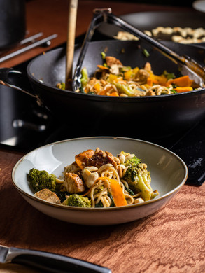 Protein-rich Pad Thai, with smoked tempeh