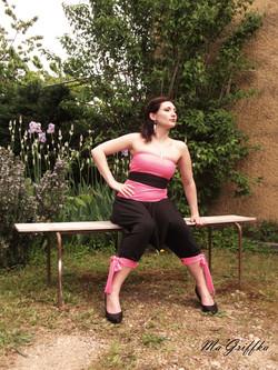 Vêtement Transformable rose et noir