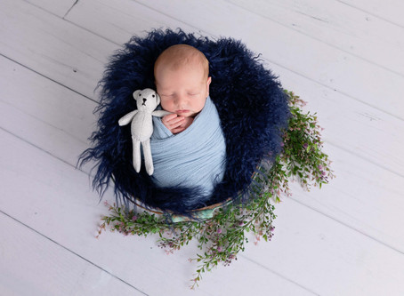 Sibling Love - Warrnambool Newborn Photography