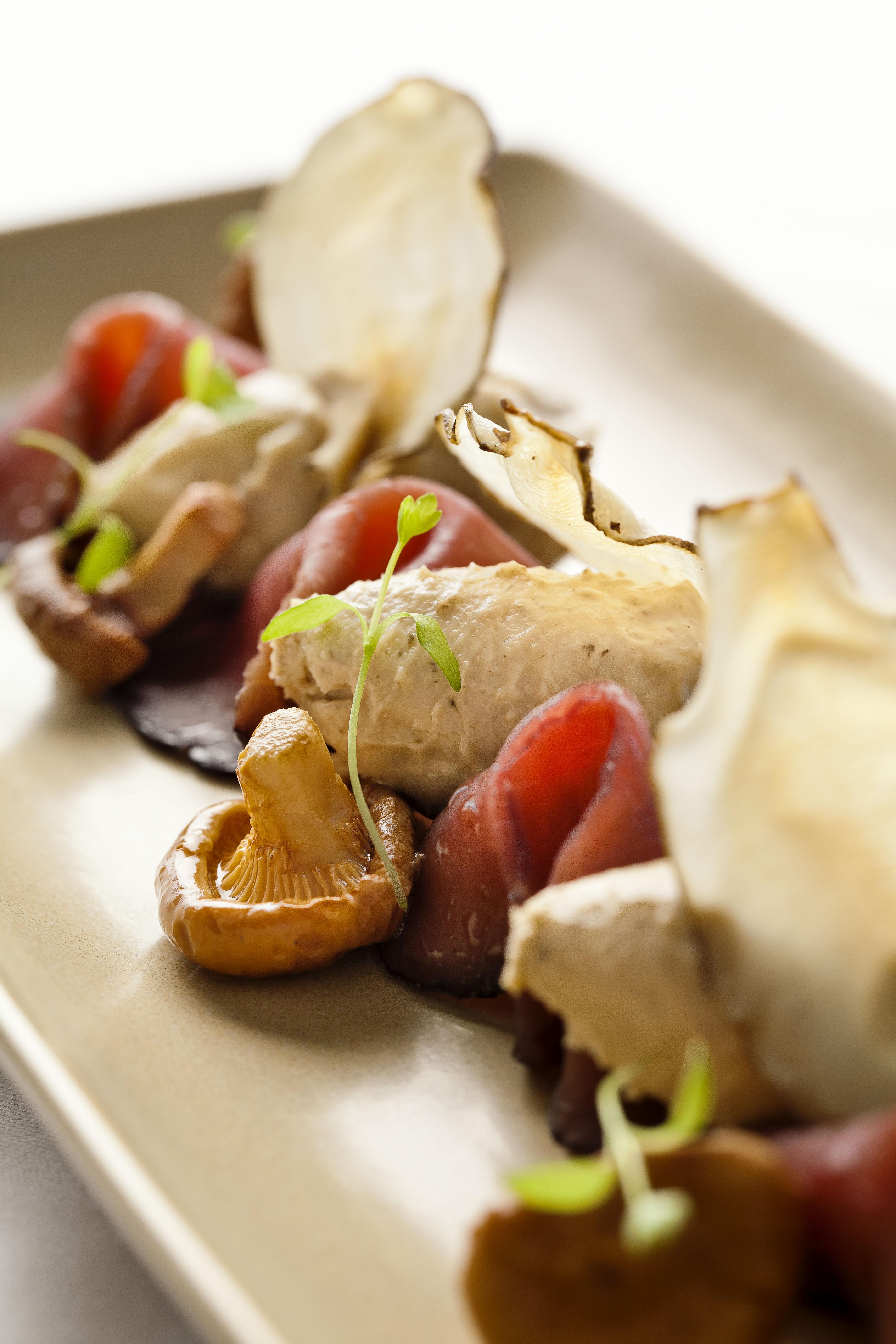 bresaola, artichoke, girolle