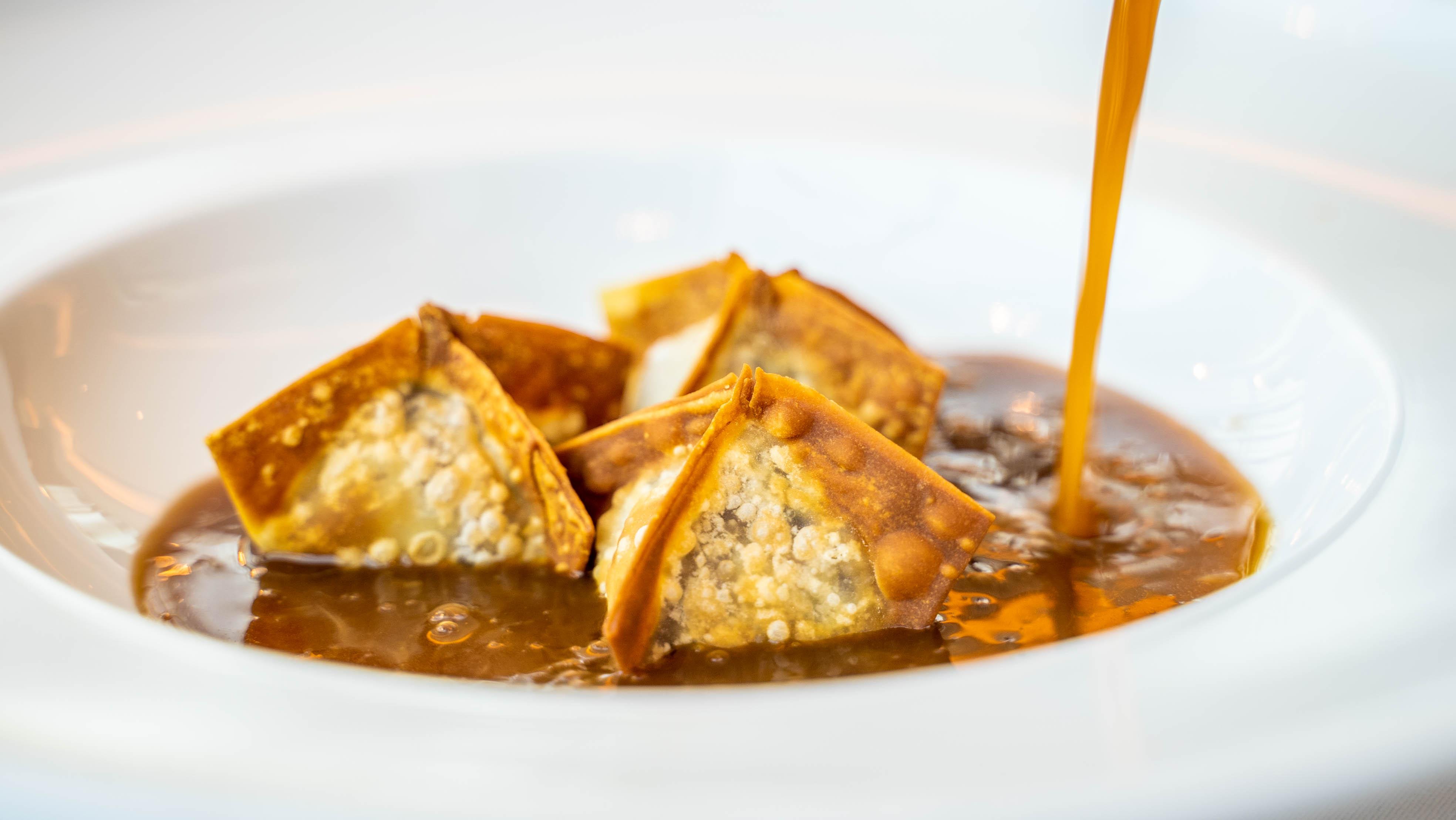 Oxtail soup & Horseradish wontons