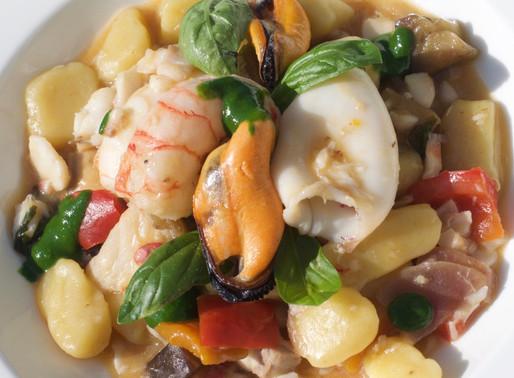 Gnocchetti con ragoût leggero di pesce - Tiny potato gnocchi with fish ragoût