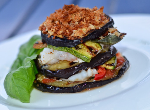 Millefoglie di verdure grigliate e pesce - Grilled vegetables millefeuille and mixed fish