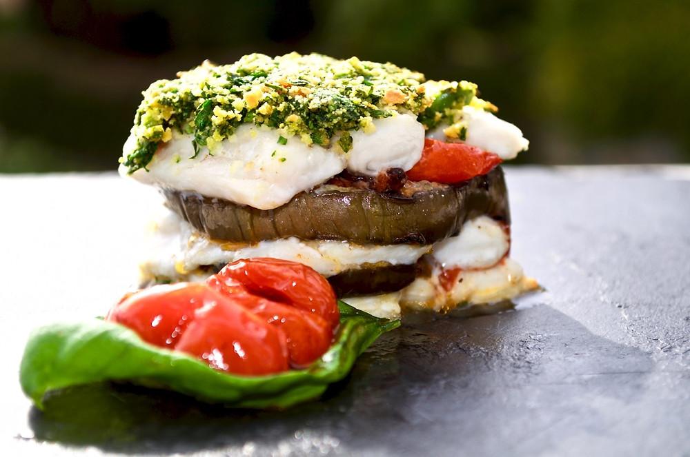 Tortino di pesce spatola con melanzane e tapenade - Paddlefish tart with aubergines and tapenade