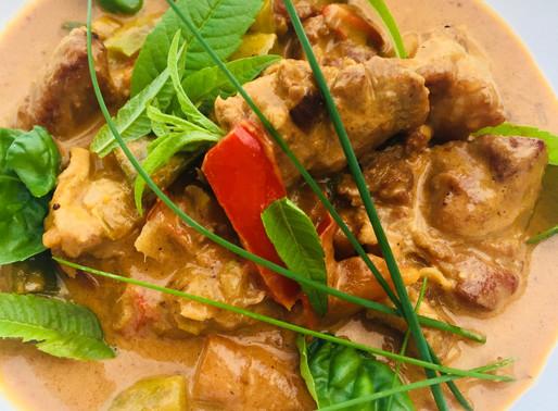 Coscia di agnello al Thai Red Curry e latte di cocco