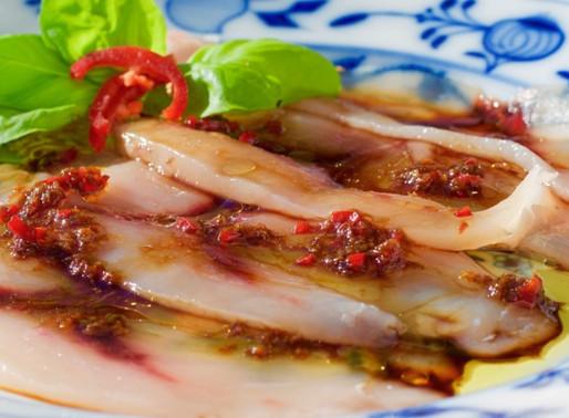 Pesce spada con salsa allo zenzero e soia - Swordfish with ginger sauce and soy