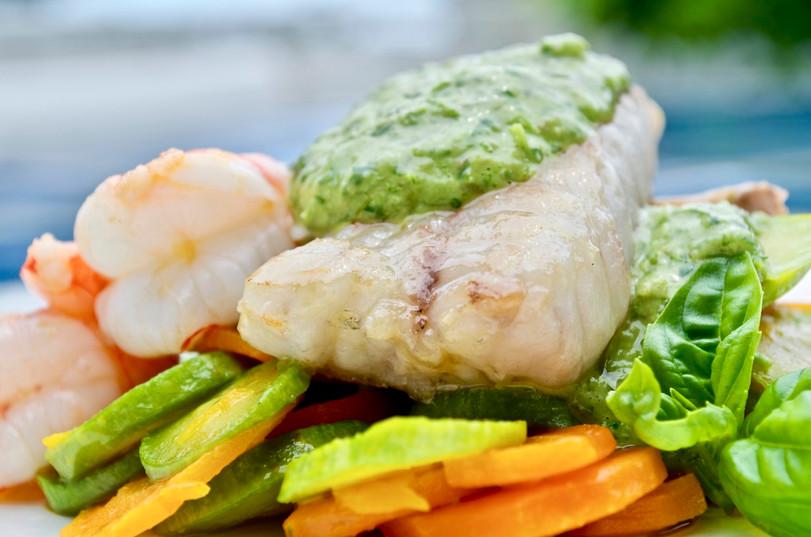 Misto di pesce spadellato con verdure