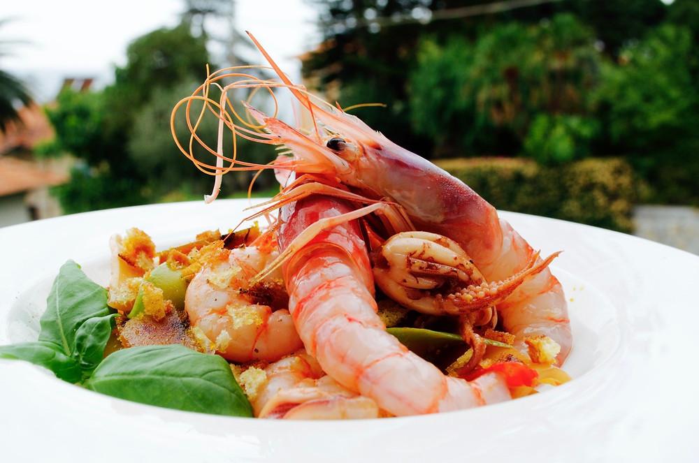 Spaghetti con gamberi rossi di Sanremo e crema di zucchine - Spaghetti with Sanremo's red prawns and cream of courgettes