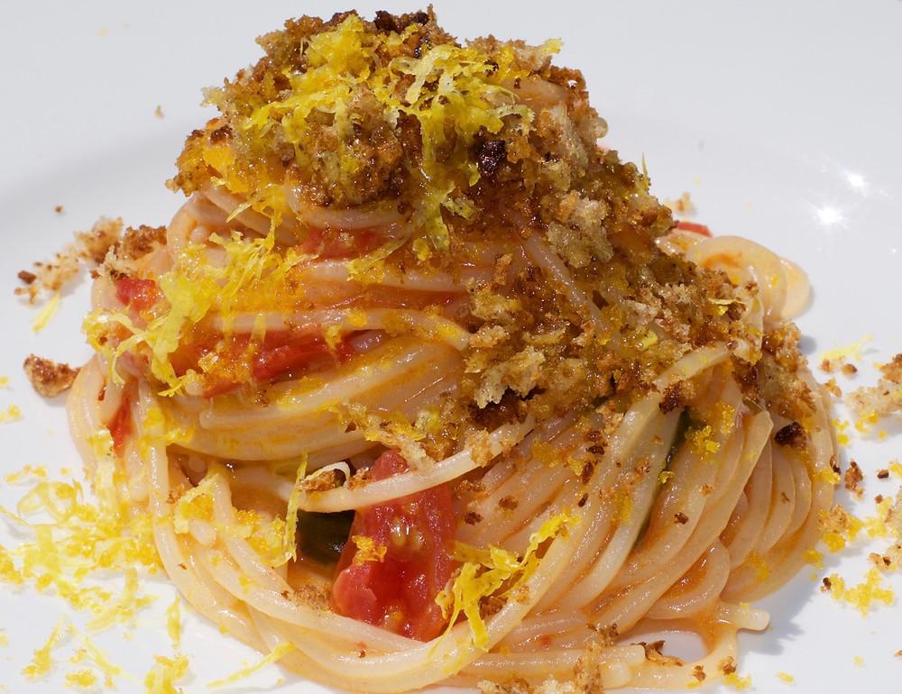 Spaghettini con pomodorini e scorza di limone