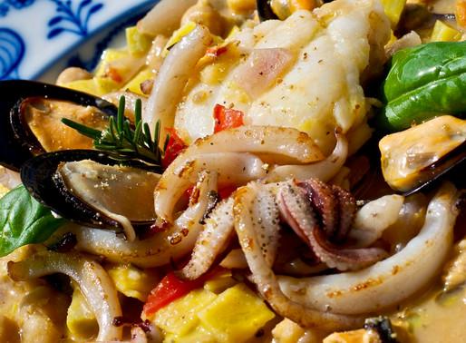 Pasta, ceci e misto di pesce - Pasta, chickpeas and mixed fish