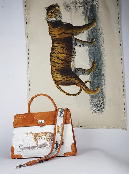 "Foulard   "" La panthère & le tigre "" tourterelle"