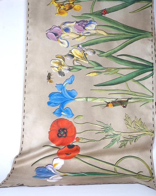 "Foulard ""les fleurs"" taupes"