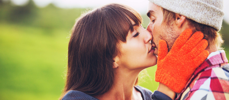 Should You Kiss On The 1st Date?
