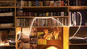 Krus og DVD'er.jpg