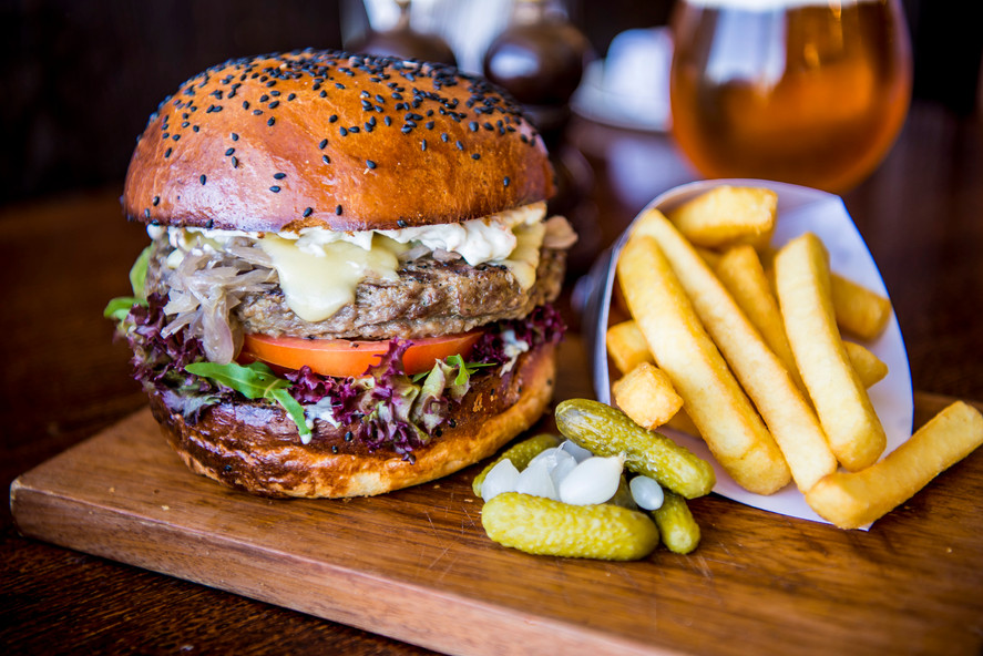 The juicy, tasty and famous Belgian burger.