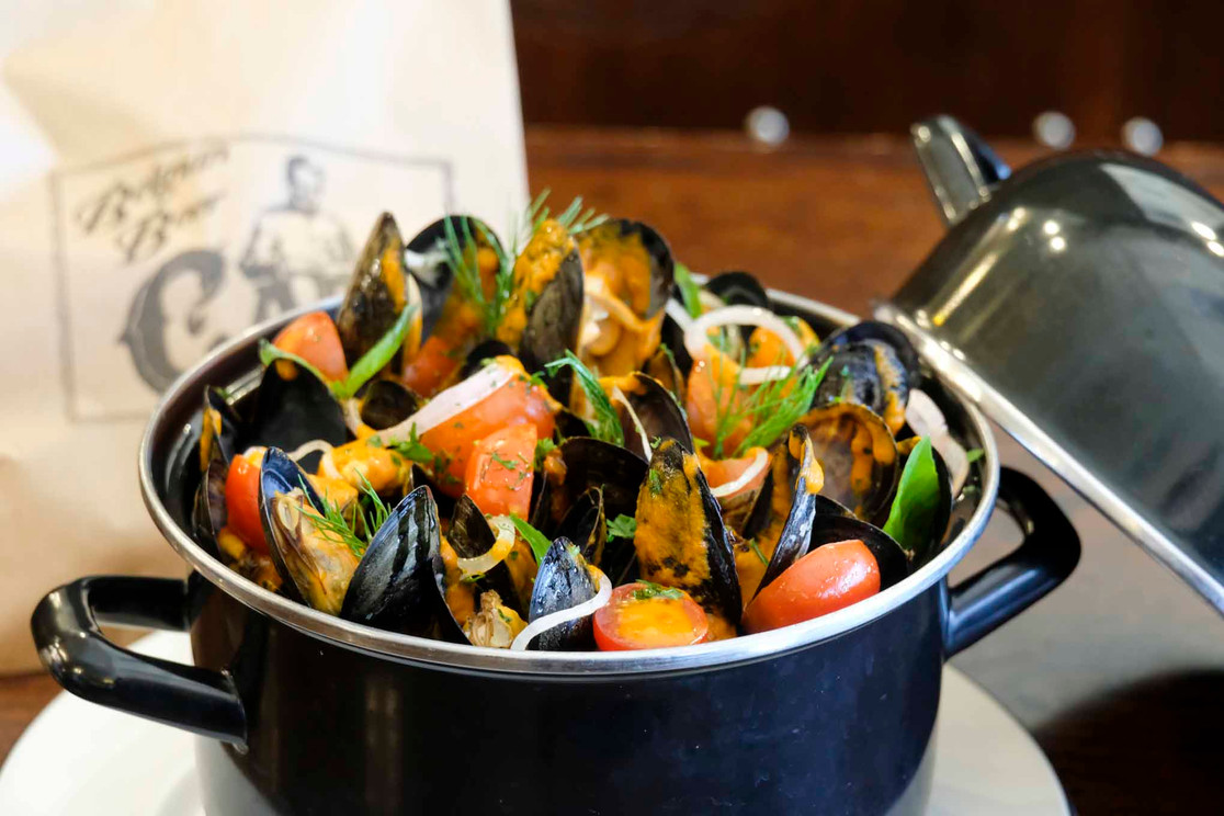 Everyone's all time favourite, mussels!