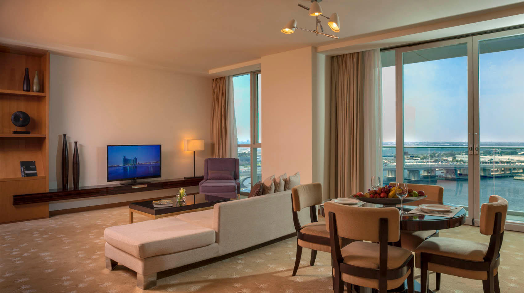 InterContinental Residence Suites (15).j