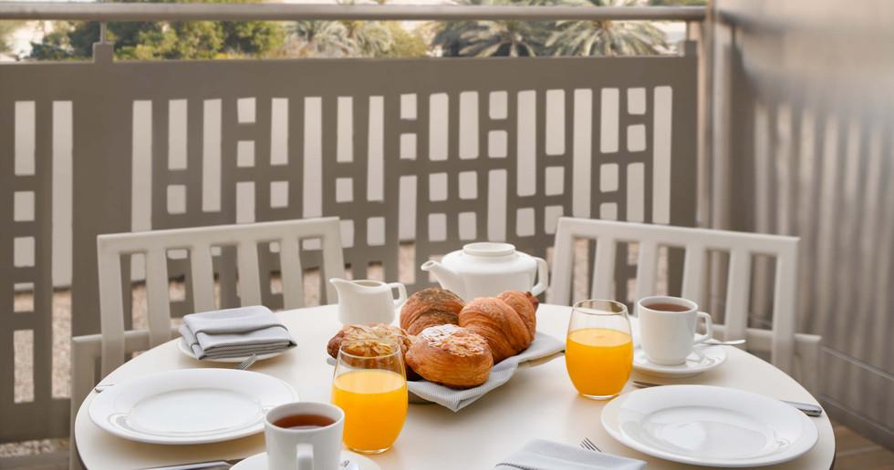 Holiday Inn Dubai Festival City (3).jpg