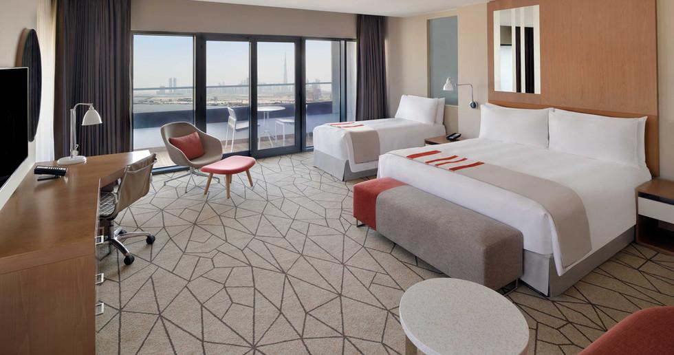 Holiday Inn Dubai Festival_Family Room.j