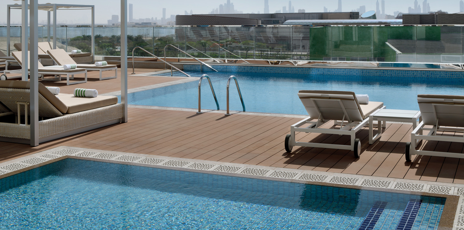 Pool at Holiday Inn Dubai Festival City